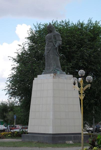Памятники недорогие фото элисты цены на двойной памятники симферополь
